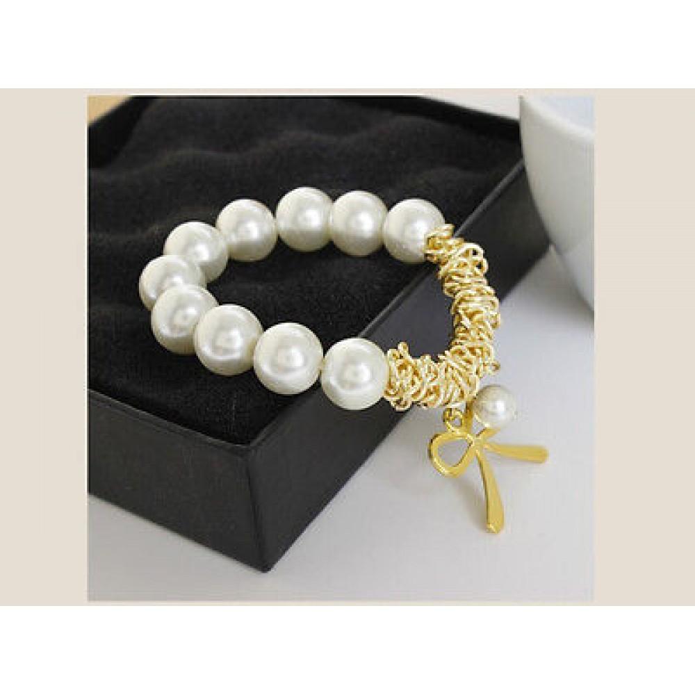 d30732e45f53e #3084 Women's Fashion Charm Bracelet Gold Butterfly Bow White Pearl Bracelet