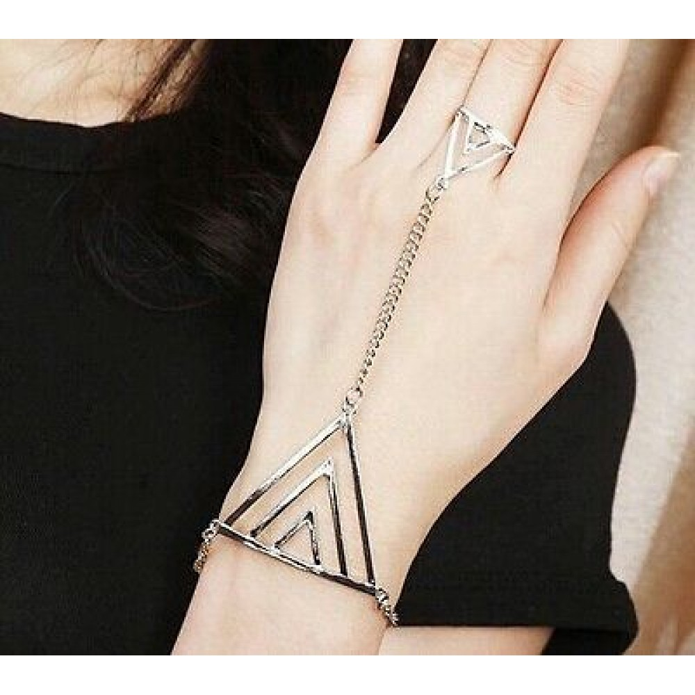3102 Fashion Women Triangle Hand Bracelet Finger Bangle Silver Chain