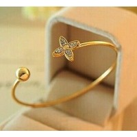 #3012 Fashion Personalized small fragrant wind Clover diamond opening  bracelet